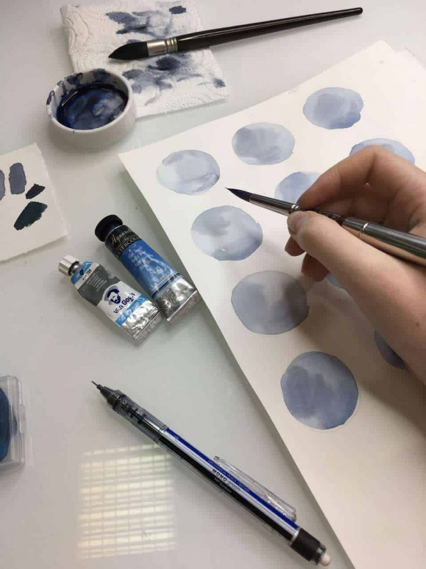Aquarell Dots / blau
