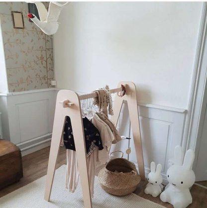 Loullou Kleiderständer Holz, natur